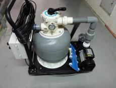 移動式水底吸塵器